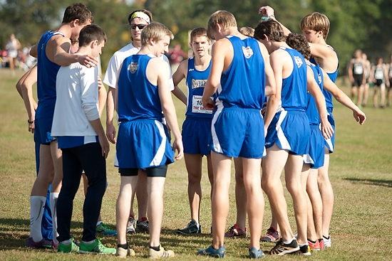 The men's team gather's before the race.